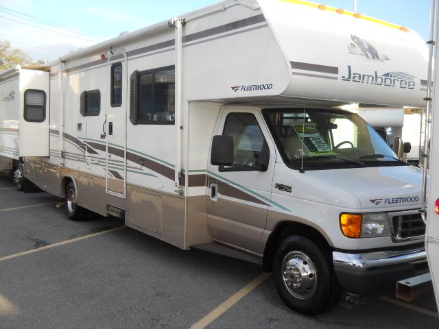 Used 2006 Fleetwood Jamboree 31M Class C For Sale