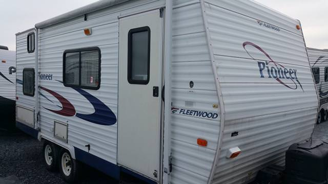 Used 2004 Fleetwood Pioneer 180CK Travel Trailer For Sale