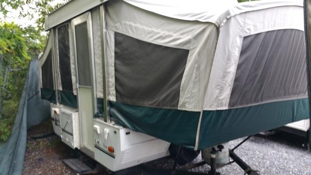 Used 1999 Fleetwood Coleman TAOS Pop Up For Sale