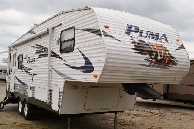 Used 2009 Palomino Puma 253FBS Fifth Wheel For Sale