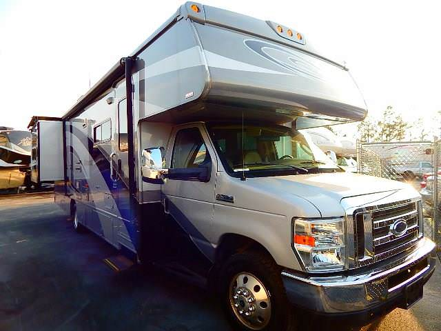 Used 2009 Winnebago Outlook 31C Class C For Sale