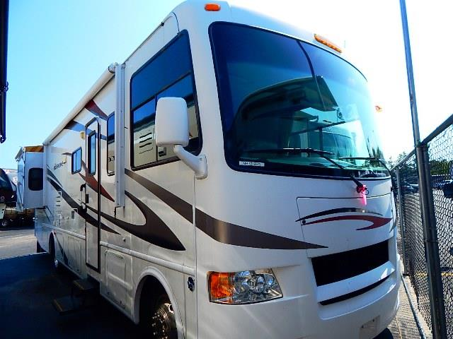 Used 2011 Thor Hurricane 32A Class A - Gas For Sale