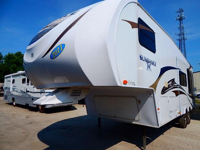 Used 2011 Heartland Sundance Xlt 265RKS Fifth Wheel For Sale