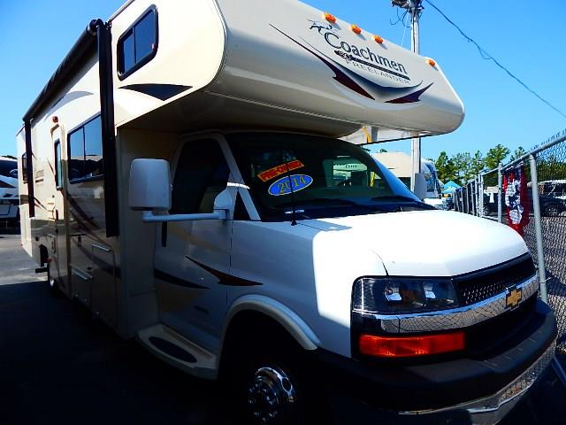 Used 2014 Coachmen Freelander 28QB Class C For Sale