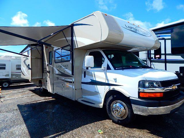 Used 2014 Coachmen Leprechaun 320BH Class C For Sale