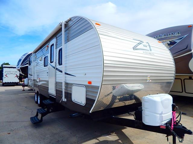 Used 2012 Crossroads Z-1 301BH Travel Trailer For Sale