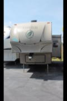 Used 2011 EVERGREEN EVERLITE 30RLS-5 Fifth Wheel For Sale