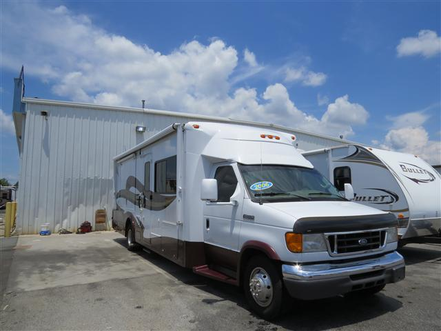Buy a Used Itasca Cambria in Spartanburg, SC.