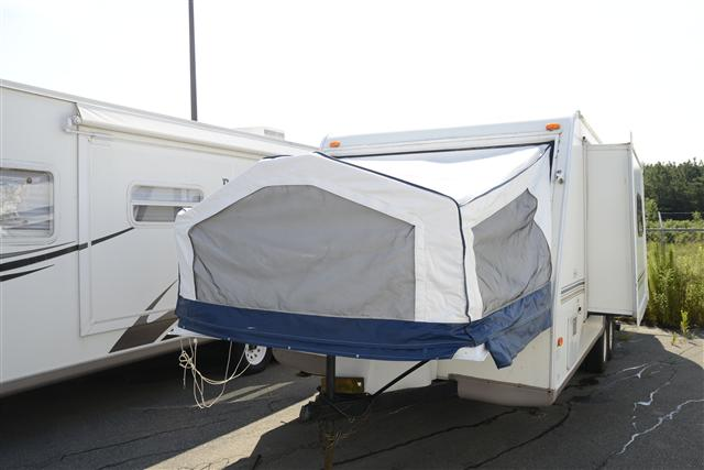 Buy a Used Rockwood Rv Roo in Spartanburg, SC.