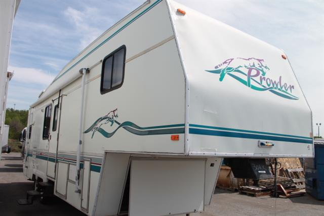 Used 1997 Fleetwood Prowler 305X Fifth Wheel For Sale
