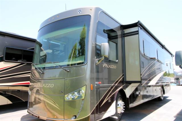 New 2016 THOR MOTOR COACH PALAZZO 36.1 Class A - Diesel For Sale