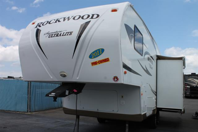 2011 Forest River Rockwood Signature Ultra Lite