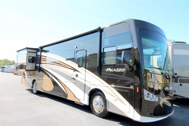New 2016 THOR MOTOR COACH PALAZZO 36.2 Class A - Diesel For Sale