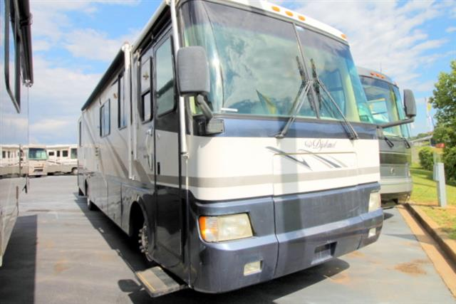 Used 1999 Monaco Diplomat 38 Class A - Diesel For Sale