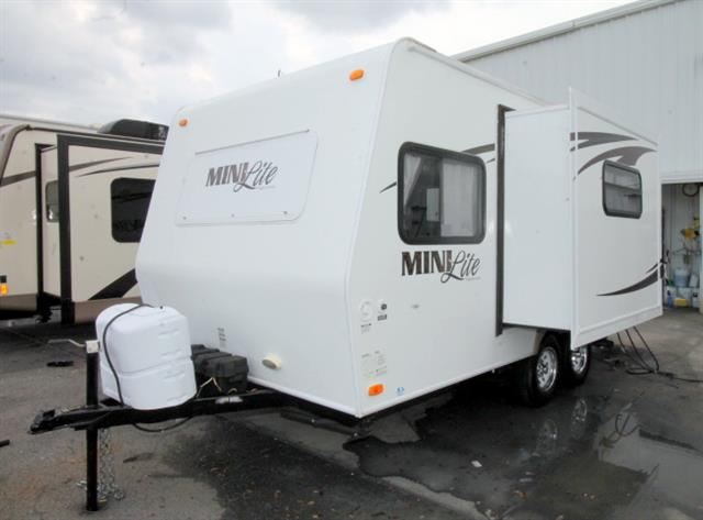 Used 2010 Rockwood Rv MINI LITE 1809S Travel Trailer For Sale