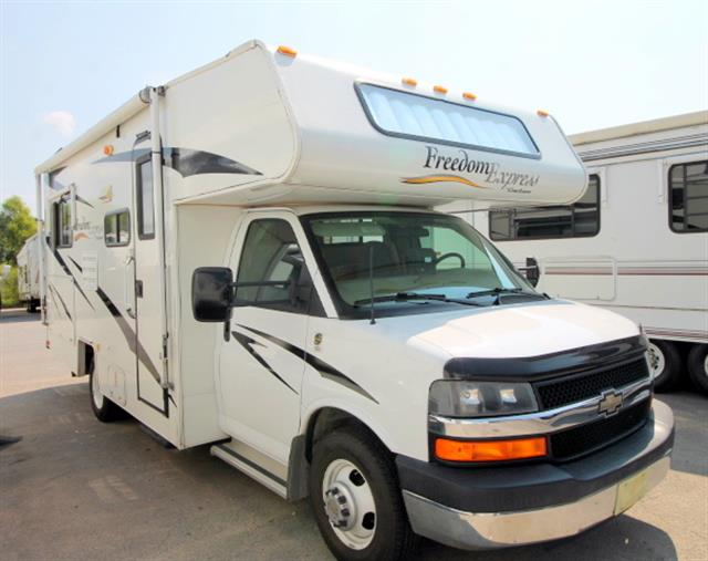 Used 2008 Coachmen Freedom Express 21QB Class C For Sale