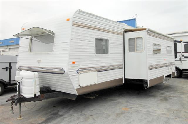 Used 2004 Sunline Solaris 320 SR Travel Trailer For Sale