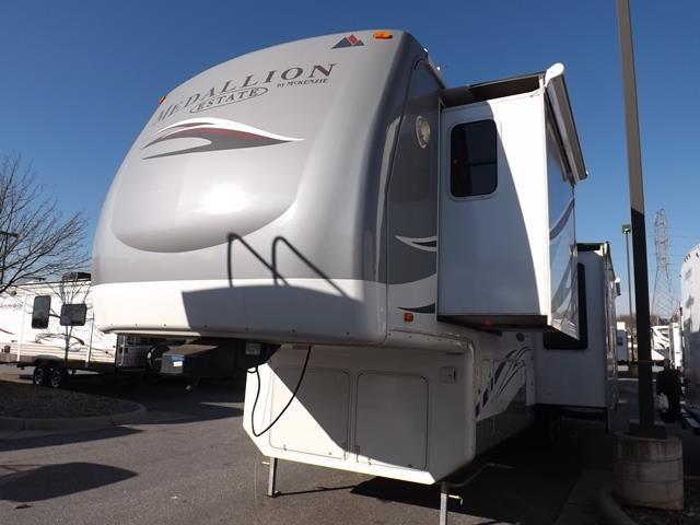 Used 2006 Mckenzie Towables Medallion 37RL Fifth Wheel For Sale