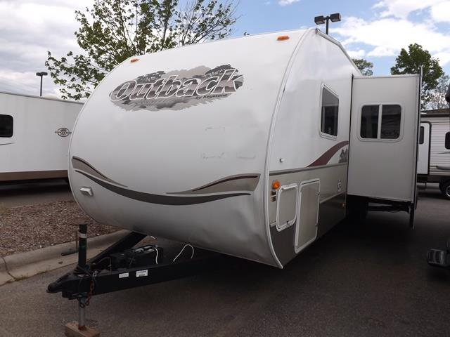 Used 2006 Keystone Sydney 31RQS Travel Trailer For Sale