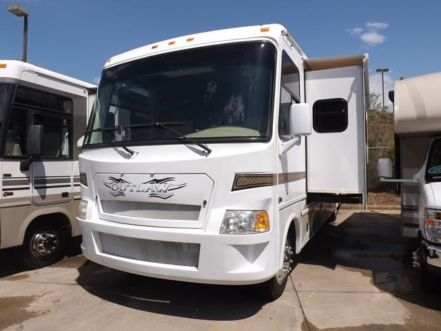 Used 2008 Damon Outlaw 3612 Class A - Gas For Sale