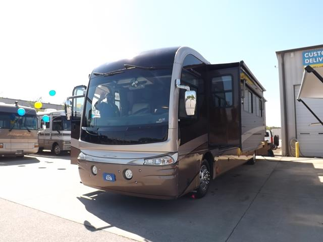 Used 2005 Fleetwood Revolution LE 40E Class A - Diesel For Sale
