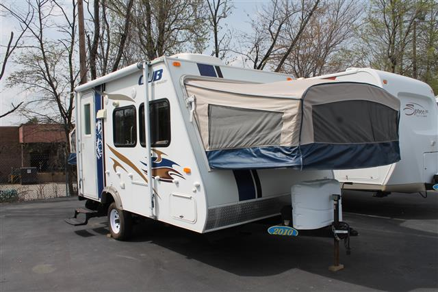 Used 2010 Dutchmen Cub 160 Travel Trailer For Sale