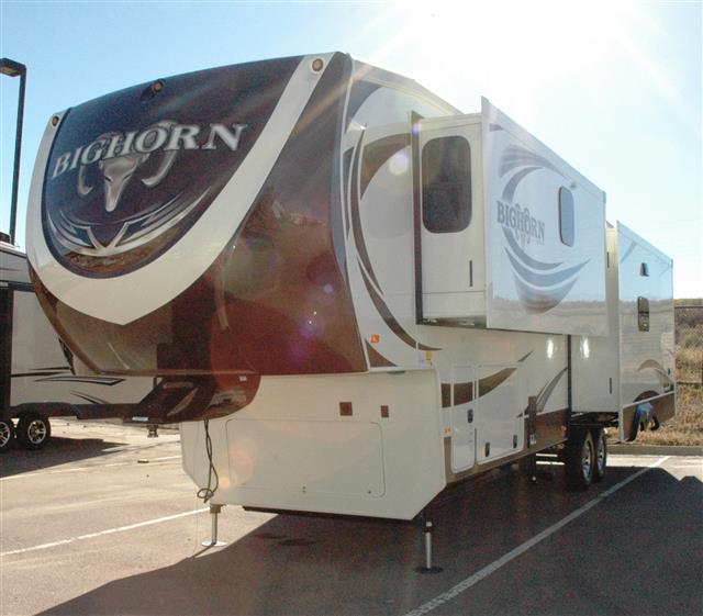 New 2015 Heartland Bighorn 3585RL Fifth Wheel For Sale