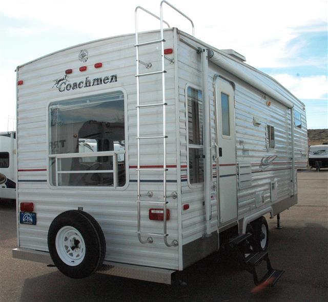 Used 2005 Coachmen Spirit Of America Fifth Wheel For Sale