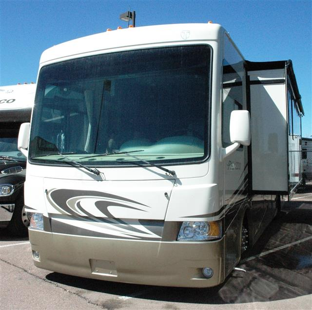 Used 2014 Thor PALAZZO 33.2 Class A - Diesel For Sale