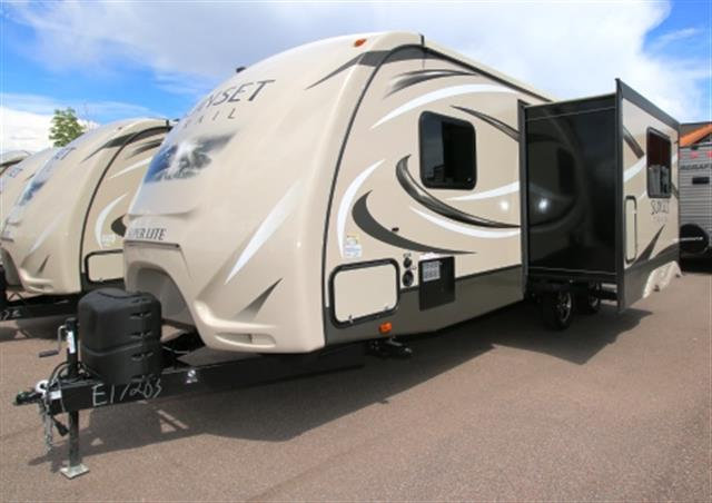 New 2016 Crossroads Sunset Trail 240BH Travel Trailer For Sale