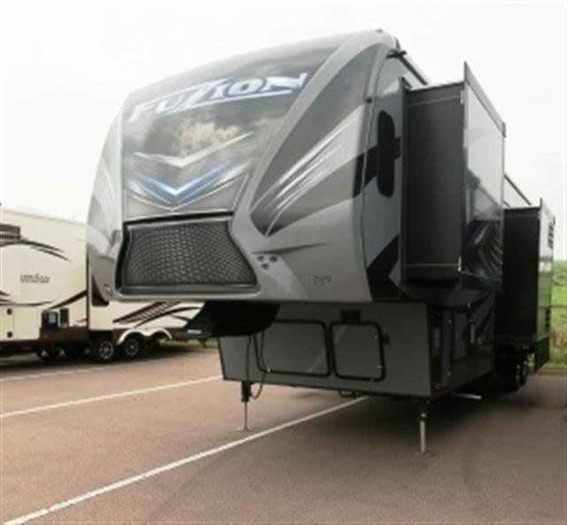 New 2016 Keystone Fuzion 371 Fifth Wheel Toyhauler For Sale