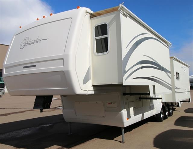 Used 2003 National Palisades 361 Fifth Wheel For Sale