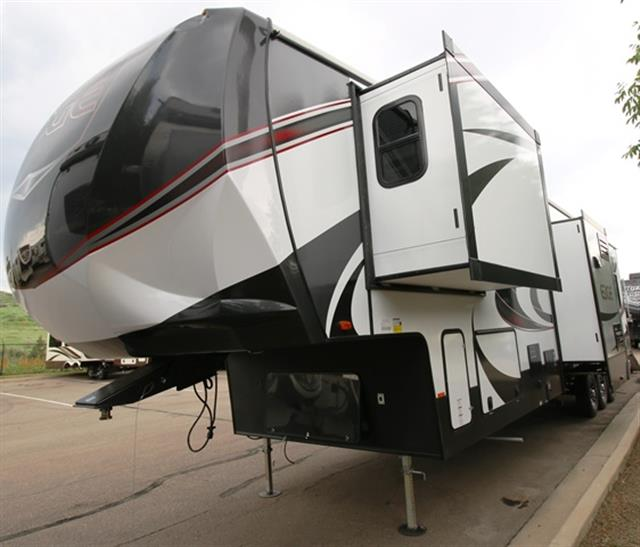 New 2016 Heartland EDGE 397 Fifth Wheel Toyhauler For Sale