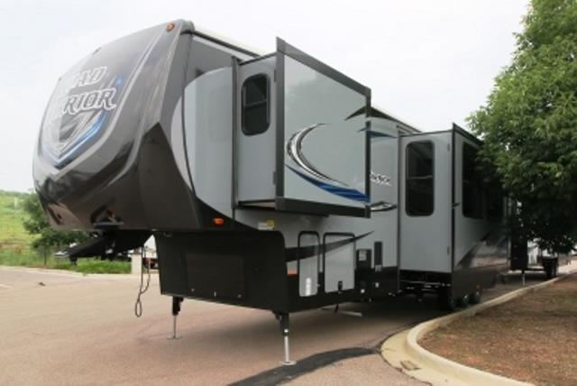 New 2016 Heartland Road Warrior 415 Fifth Wheel Toyhauler For Sale