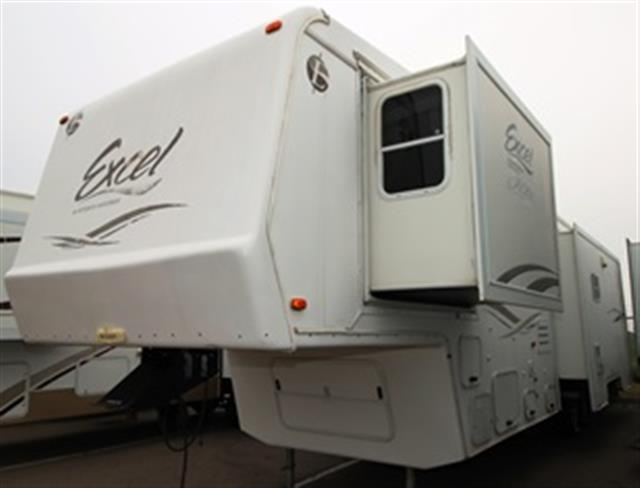 Used 2002 Peterson Excel 35SKO Fifth Wheel For Sale