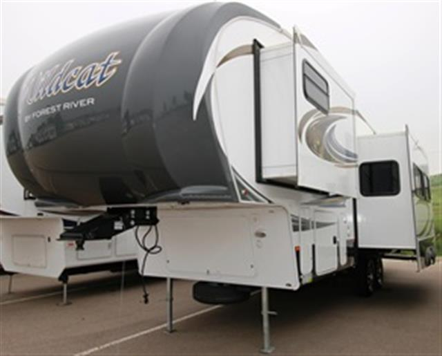 Used 2014 Forest River Wildcat 303BHX Fifth Wheel For Sale