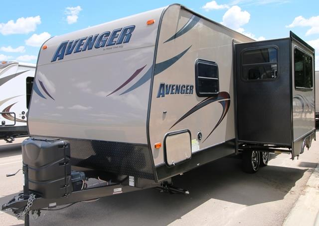 Used 2013 Forest River AVENGER 23FBS Travel Trailer For Sale