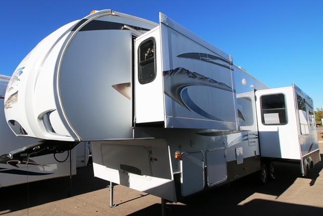 Used 2010 Keystone Sydney 321 FRL Fifth Wheel For Sale