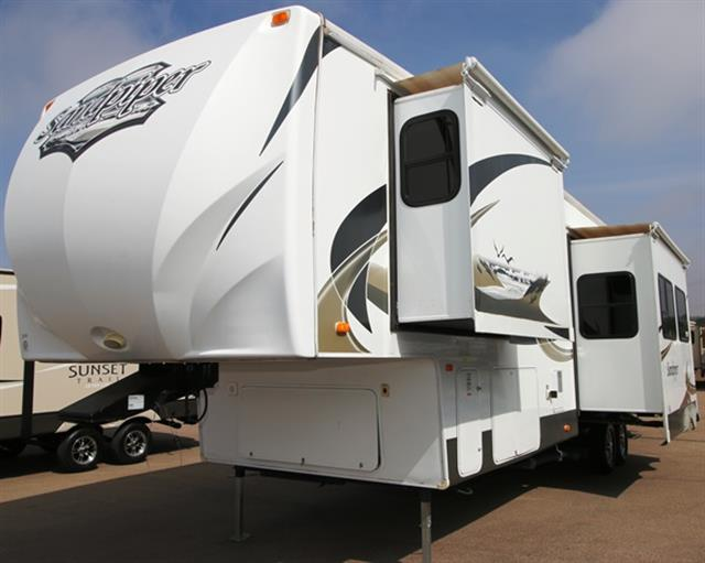 Used 2011 Forest River Sandpiper 35 LOFT Fifth Wheel For Sale