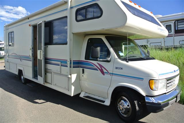 Used Class C Gulfstream Rvs And Motorhomes For Sale Rvs Com