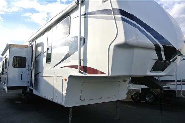 Used 2007 Keystone Montana 3585SA Fifth Wheel For Sale