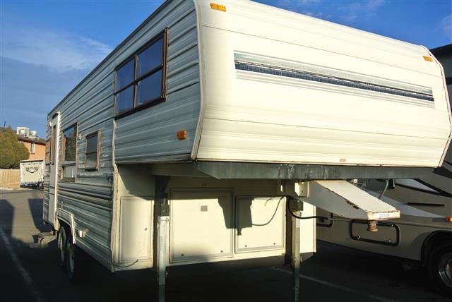 Used 1989 Fleetwood Prowler Lynx 235C Fifth Wheel For Sale