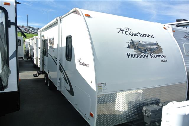 Used 2011 Coachmen Freedom Express 246RKS Travel Trailer For Sale