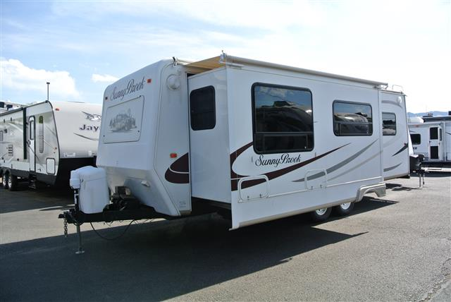 Used 2007 Sunnybrook Titan 27FKS Travel Trailer For Sale