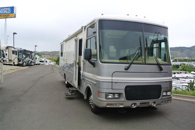 Used 2000 Fleetwood Southwind 32V Class A - Gas For Sale