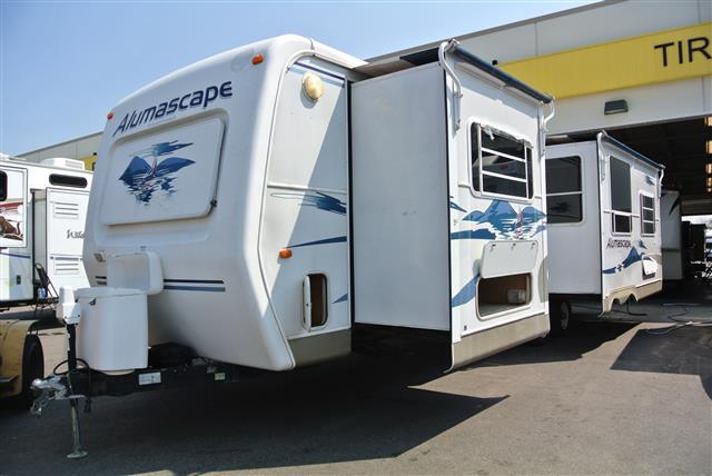 Used 2004 Holiday Rambler Alumascape 34 Travel Trailer For Sale