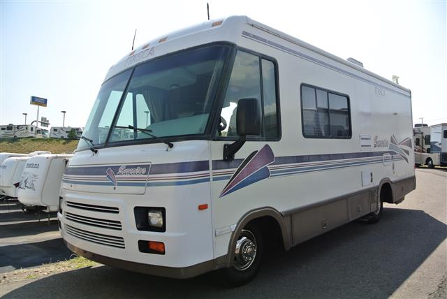 Used 1997 Itasca Sunrise 25RC Class A - Gas For Sale