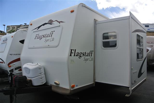 Used 2007 Forest River Flagstaff 26FS Travel Trailer For Sale