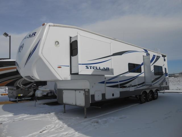 Buy a Used Eclipse RV Stellar in Longmont, CO.
