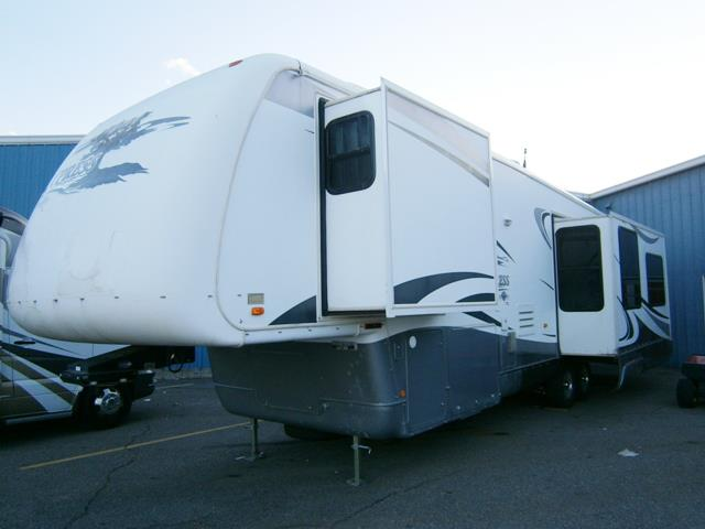 Used 2007 Newmar Cypress 37LSRE Fifth Wheel For Sale